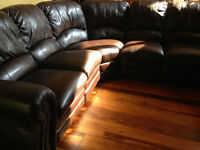 SECTIONAL SOFA with 2 reclining chairs - Pet free home