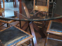Dining Table Round, Glass and Wood