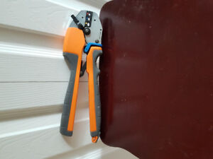 For sale T&B crimper tool