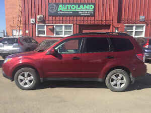 2011 Subaru Forester 2.5X. ONLY 48000 km!!!