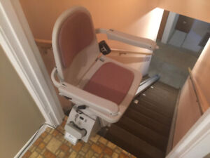 Acorn Superglide 120 Stairlift 14'