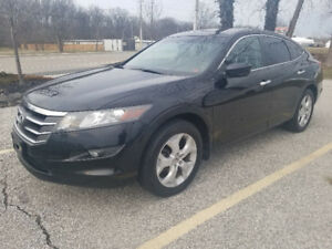 2011 Honda Accord Crosstour EX-L  Sunroof  Bluetooth