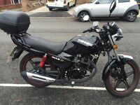 Sinnis Max 2 125cc (2016) in immaculate condition