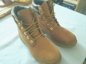 Timberland Women/Femmes, US Size/Taille 6 - New/Nouveau