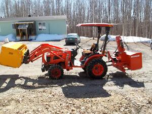 Tracteur Kubota B2320
