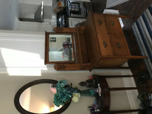 Antique dresser with mirror - two drawers
