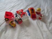 LITTLE TIKES JOUET LOT FIGURINES PERSONNAGES VEHICULES ++
