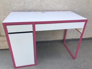 2 Drawers - 3 Shelves - White Desk w/ Pink Trim