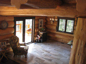 Spectacular Custom Built Pioneer Log Home in 150 Mile House Williams Lake Cariboo Area image 5