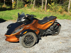 Spyder Can-am 2011 RS-S SE5 orange