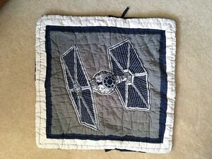 Awesome Pottery Barn Kids Star Wars Quilt set - like new- Queen Kitchener / Waterloo Kitchener Area image 2