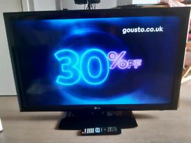 42 inch TV lg