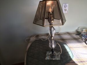 Small table lamp good condition