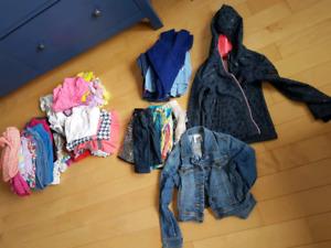 Vêtements de fille 6-7 ans 35 morceaux