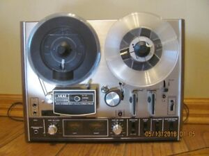 Akai  4000DS reel to reel recorder/player