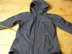 manteau impermeable et coupe vent arc'teryx
