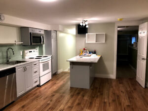 2 bedroom apt in south end available immediately