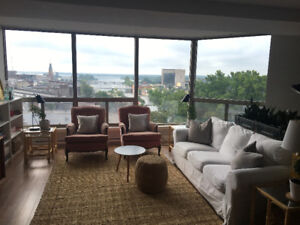 Executive,Newly Renovated 1 BR Condo with Spectacular View