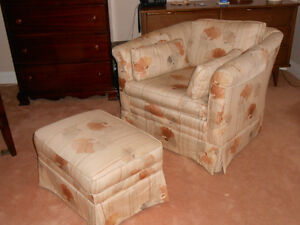 Arm Chair and Ottoman Peterborough Peterborough Area image 2
