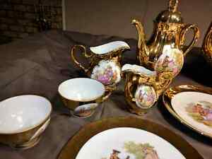 TEA SET 32 PIECES Gold Plated  Cornwall Ontario image 4
