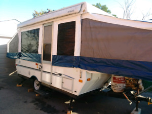 2005 yearling palomino tent trailer
