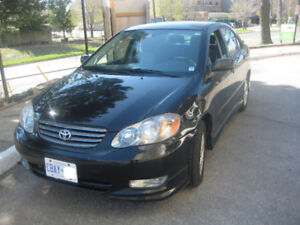 2005 Corolla very low KM Excellent