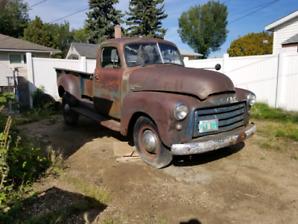 1951 GMC 9434 farm truck with rare 9' box and hoist.