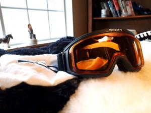 Scott Snow Boarding Goggles.