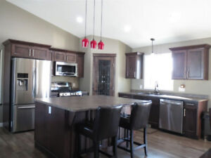 5 BEDROOM HOUSE FOR SALE IN STURGEON COUNTY 2.06 ACRES