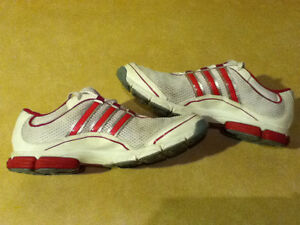 Women's Adidas Pink 3-D Light Weight Running Shoes Size 10 London Ontario image 7
