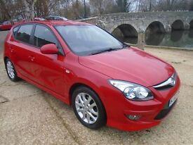 Hyundai I30 1.4 COMFORT (red) 2010