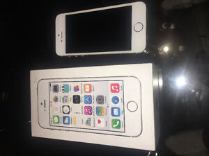iPhone 5s Rose Gold Brand New