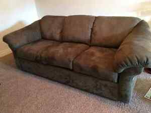 Loveseat kijiji free classifieds in red deer find a for Sectional sofas for sale red deer