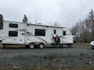 2008 Rockwood Passport Ultralite 30 ft Trailer