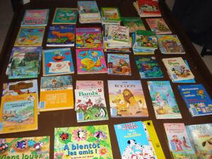 73 livres éducatif pour les jeunes de $1 à $2 ou $80 l'ensemble