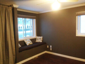 Available October 1! Beautifully Renovated Executive Upper Suite