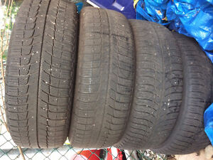 4 Michelin winter tires with rims 215/60R16in Gatineau Ottawa / Gatineau Area image 2