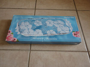 Brand new in box decorative glass crystal floral tray London Ontario image 1