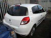2010 Renault Clio Hatch 3Dr 1.2 16V 75 EU5 I-Music Petrol white Manual