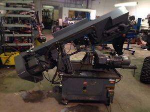 Large automatic horizontal band saw  London Ontario image 4