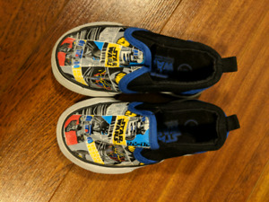 Star wars slip on shoes size 6
