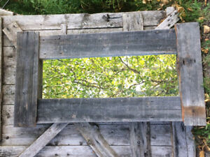 Miroir bois de grange