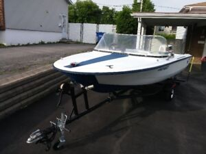 1998 Fishing Boat Make Gray with 50hp Johnson Outboard Motor