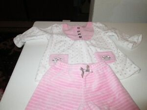 Two piece outfit (6 M ) Kitchener / Waterloo Kitchener Area image 1