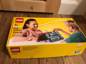 Lego 40161 What Am I Guess Who Game Set 536 Pcs - like NEW