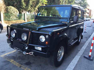 2001 Land Rover Defender 90 Td5 County Station Wagon STUNNING