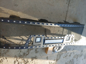 LED light bar grill new in box new over 700$
