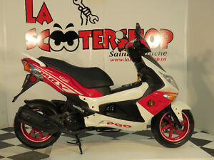 SCOOTER PGO G-MAX