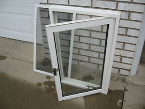 32 x 20 VINYL WINDOW  with SCREEN  GREAT  SHAPE !!!!