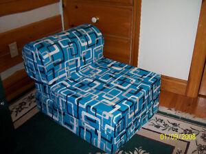 foam flip chair